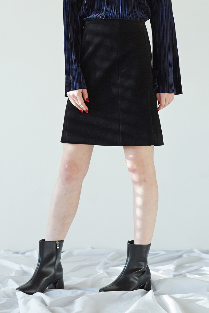 CORDUROY SIMPLE SKIRT - BLACK