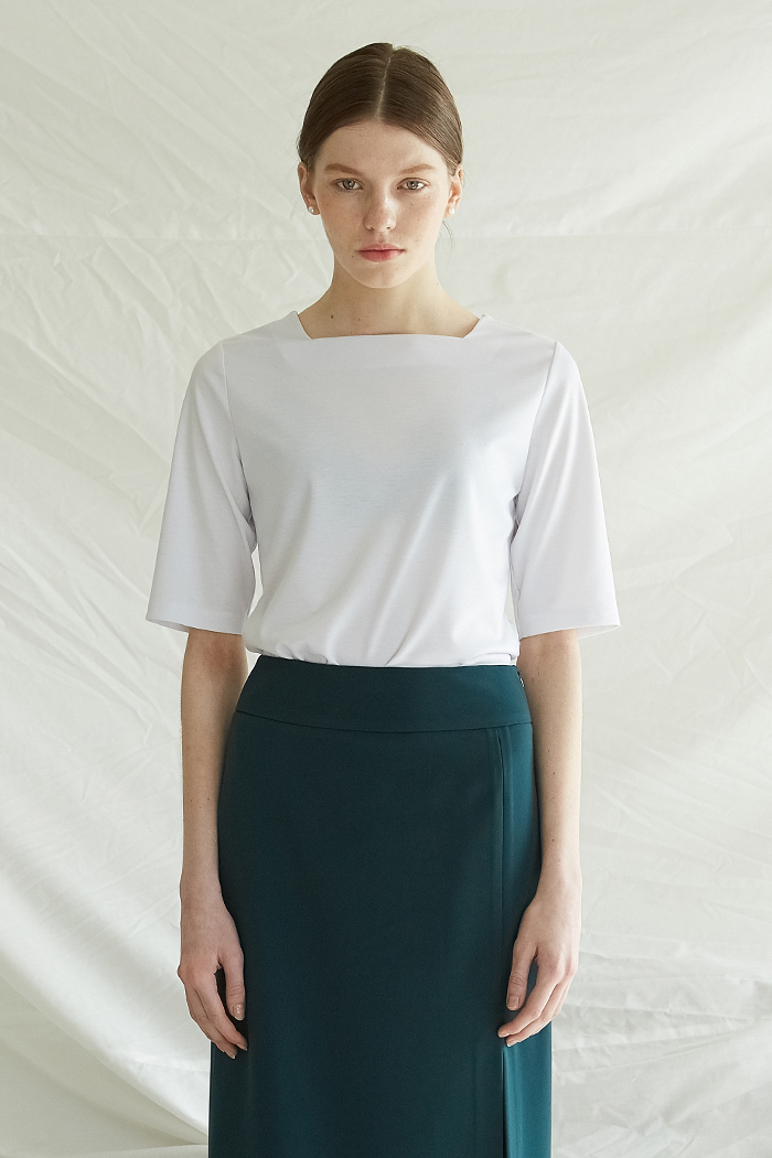 [5%] SQUARE NECK TOP -  WHITE