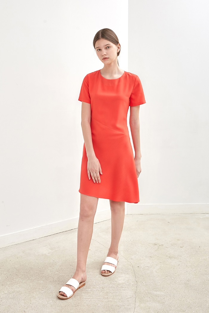OBLIQUE FLARED DRESS - VERMILION