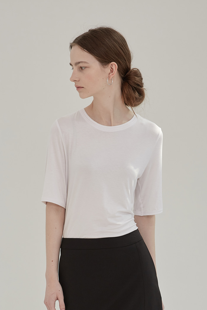 LAYERED ROUND-NECK TOP -  WHITE
