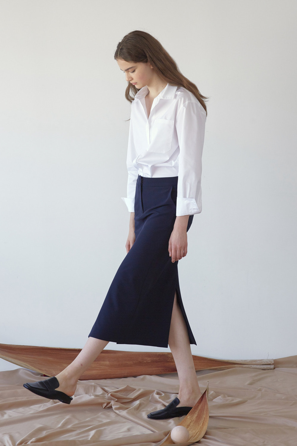 FLUID DOUBLE SLIT SKIRT - NAVY