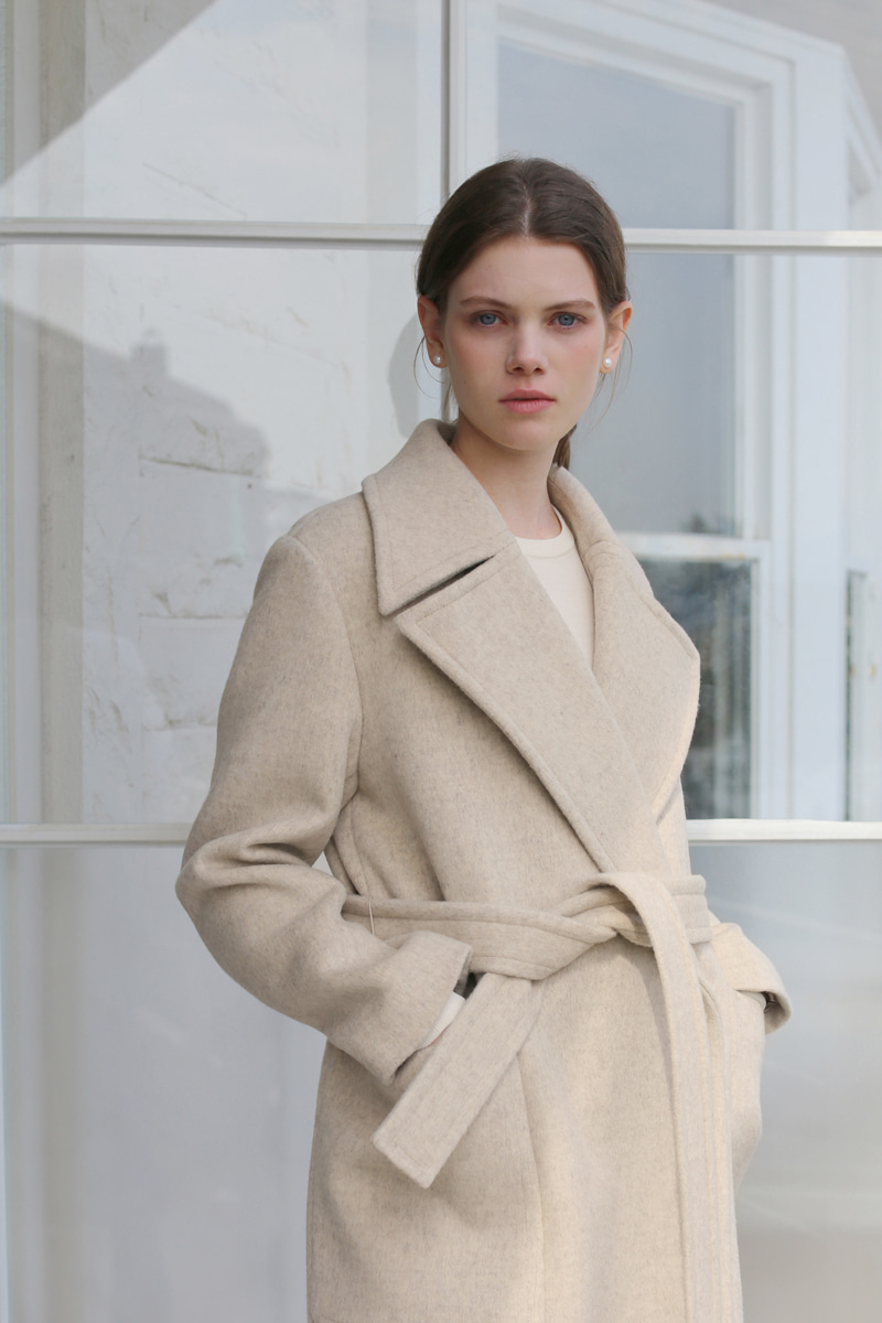 WIDE LAPEL COAT - OATMEAL
