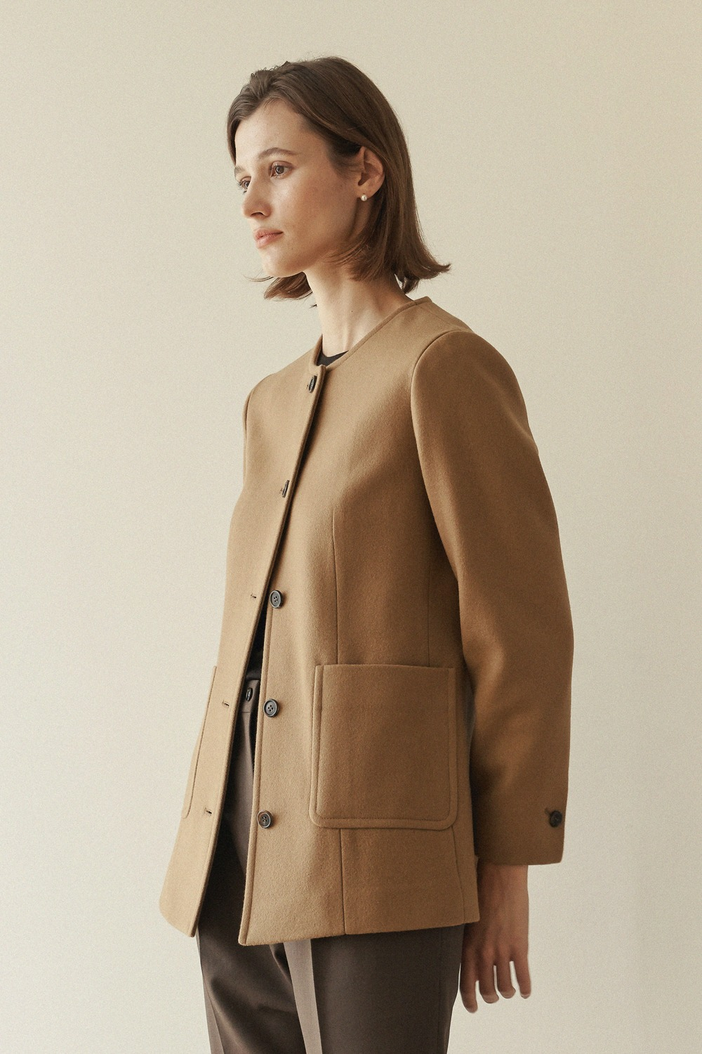 [-10% ]COLLARLESS LAUREN JACKET - CAMEL
