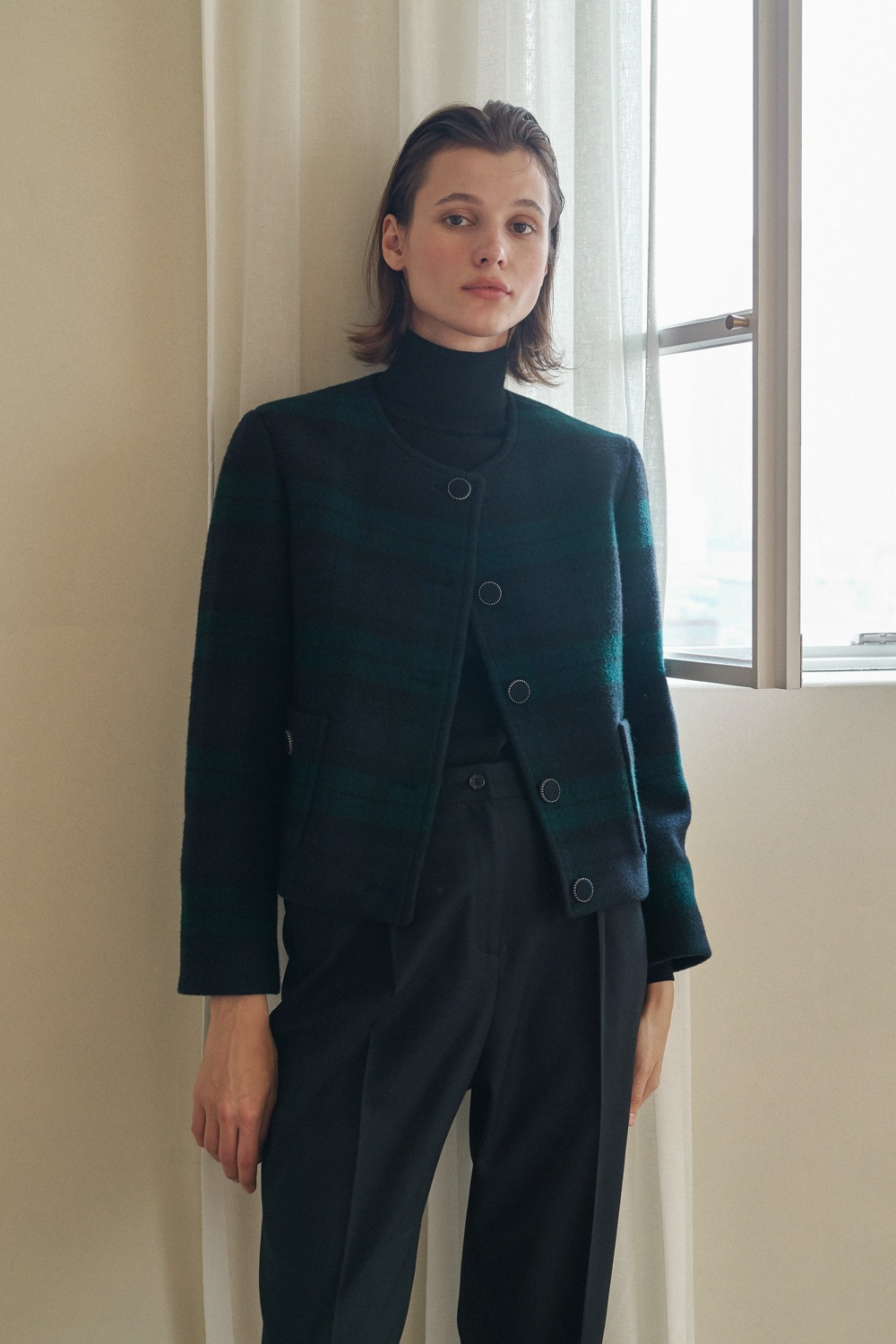 [- 30% ]TARTAN CHECK CROP JACKET BY MOON